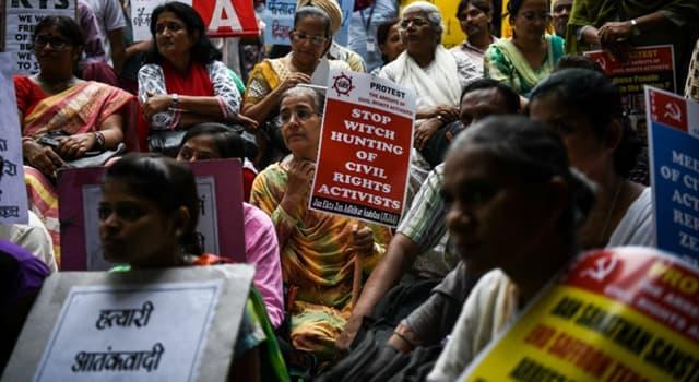 Geschichte Wissensfrage: Welcher dieser indischen Aktivisten wurde Bapu genannt?