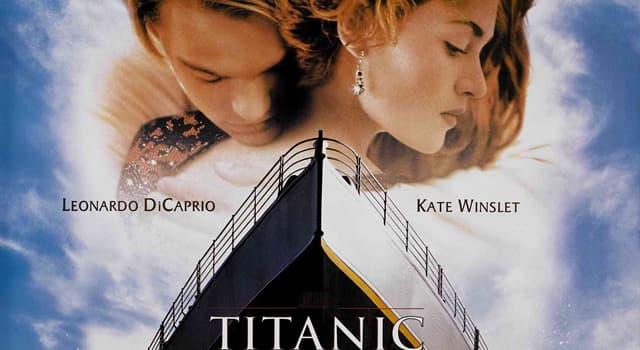 """Film & Fernsehen Wissensfrage: Welcher dieser Szenen aus """"Titanic"""" (1997) war tatsächlich im Skript des Films?"""