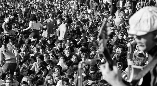 Society Trivia Question: Which event was the prelude to San Francisco's social phenomenon event 'Summer of Love'?
