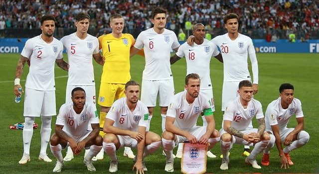 Sport Trivia Question: Who is the oldest player to play international football for England?