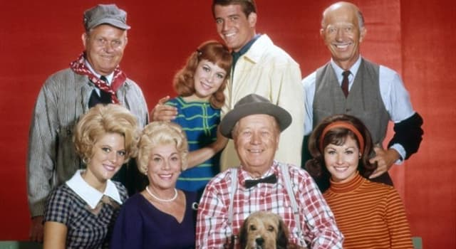 Film & Fernsehen Wissensfrage: Wie heißt das Schwein, das in der TV-Serie Petticoat Junction vorkam?