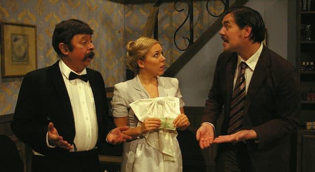 """Film & Fernsehen Wissensfrage: Wie hieß ein spanischer Kellner aus der britischen Fernsehserie """"Fawlty Towers""""?"""