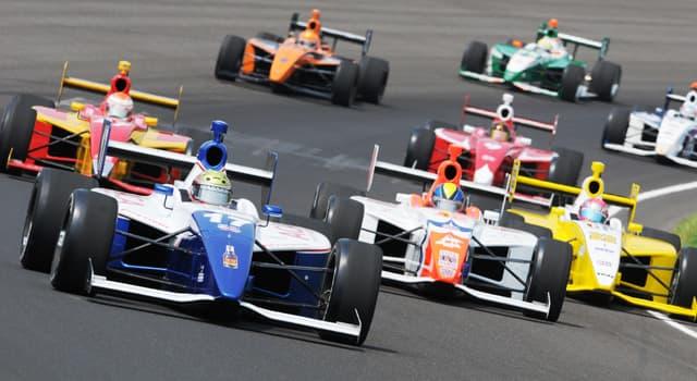 Sport Wissensfrage: Wieviele Fahrer starben bis 2017 bei Rennen oder Testfahrten auf dem Indianapolis Motor Speedway?