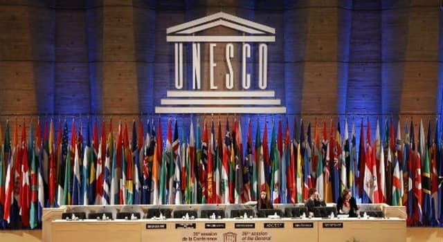 """Gesellschaft Wissensfrage: Wofür steht der Buchstabe """"E"""" in der UNESCO?"""