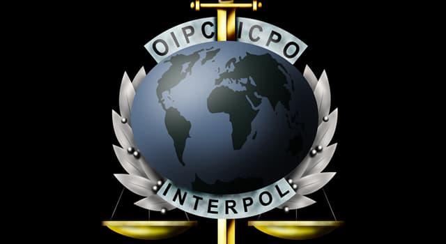 Gesellschaft Wissensfrage: 1989 wurde der Hauptsitz von Interpol in welche französische Stadt verlegt?