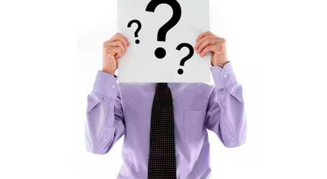"""Kultura Pytanie-Ciekawostka: Co oznacza fraza """"pójść do Canossy""""?"""