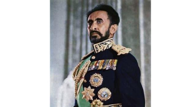 historia Pytanie-Ciekawostka: Haile Selassie, ostatni cesarz Etiopii, twierdził, że pochodzi z jakiej linii biblijnej?