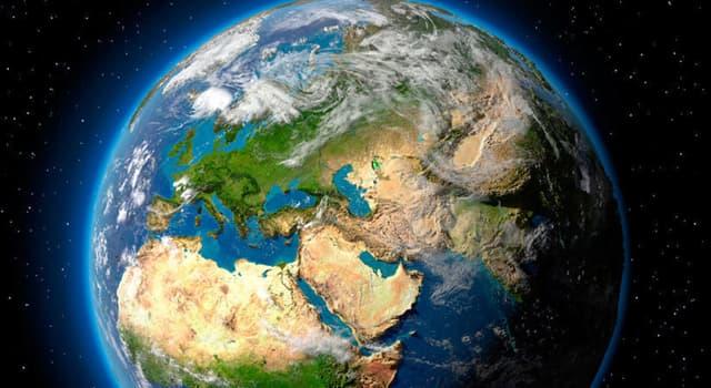 nauka Pytanie-Ciekawostka: Jak nazywa się warstwa gazów otaczających planetę?