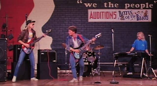 """Filmy Pytanie-Ciekawostka: Jak nazywa się zespół Marty'ego w filmie """"Powrót do przyszłości""""?"""