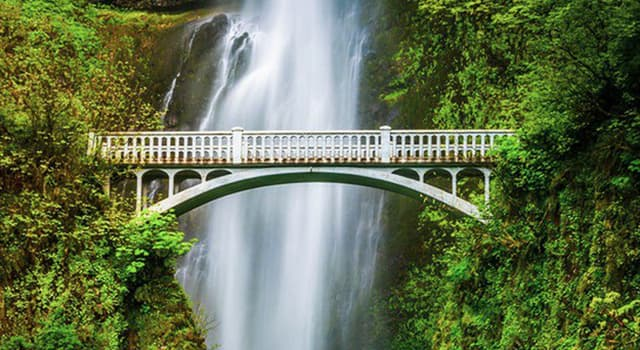 Geography Trivia Question: Multnomah Falls is located in which US state?