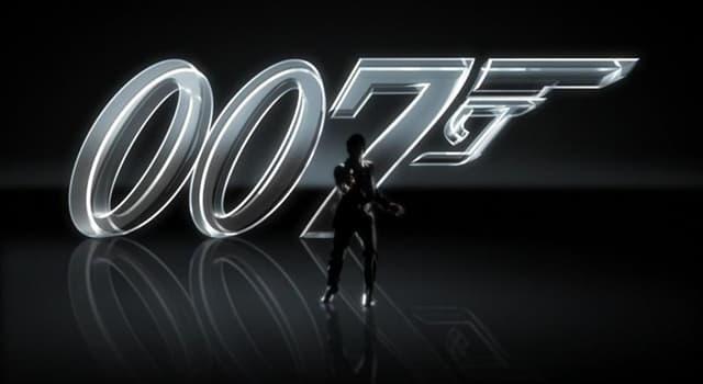 Filmy Pytanie-Ciekawostka: W którym filmie George Lazenby po raz pierwszy wystąpił jako James Bond?
