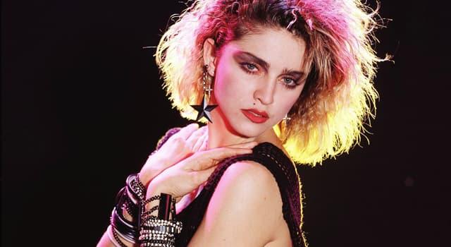 """Kultura Pytanie-Ciekawostka: W piosence Madonny """"Like a Prayer"""" co jest jak """"mała modlitwa""""?"""