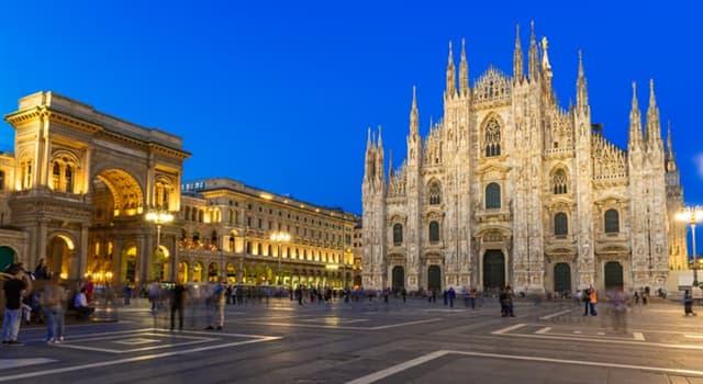 Geographie Wissensfrage: Welcher dieser Plätze befindet sich in Italien?