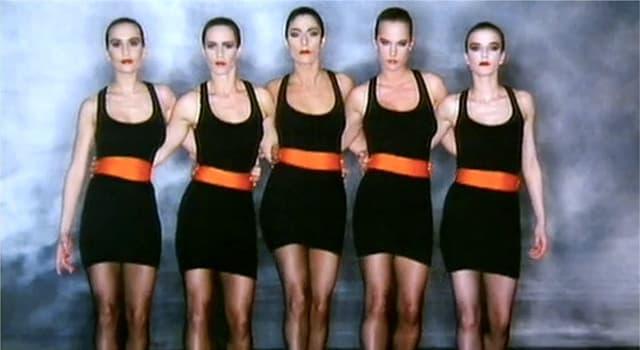 """Kultur Wissensfrage: Welcher Sänger/Songwriter veröffentlichte 1988 den Song und das Musikvideo """"Simply Irresistible""""?"""