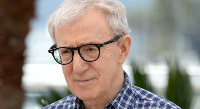 Film & Fernsehen Wissensfrage: Welcher Schauspieler/Schauspielerin trat in den meisten Woody Allen Filmen auf?