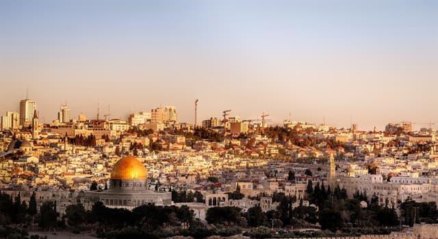 """Kultur Wissensfrage: Wie heißt eine Fluggesellschaft Israels, deren Name """"Nach oben, zu Gott hin"""" bedeutet?"""