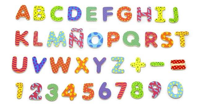Kultur Wissensfrage: Wie lautet der Begriff, der alle Buchstaben und Zahlen in einem bestimmten Sprachsatz umfasst?