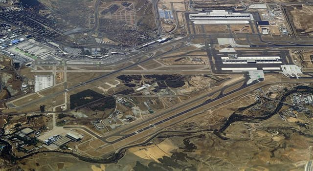 History Trivia Question: At which airport did two planes crash on the runway on 7 December 1983
