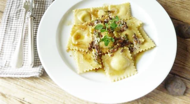 Культура Запитання-цікавинка: Як називаються італійські макаронні вироби з тіста з різною начинкою?