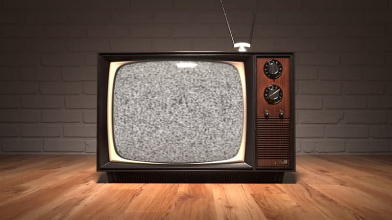 Фільми та серіали Запитання-цікавинка: Який серіал є найтривалішим (за часом в ефірі) в історії російського телебачення?
