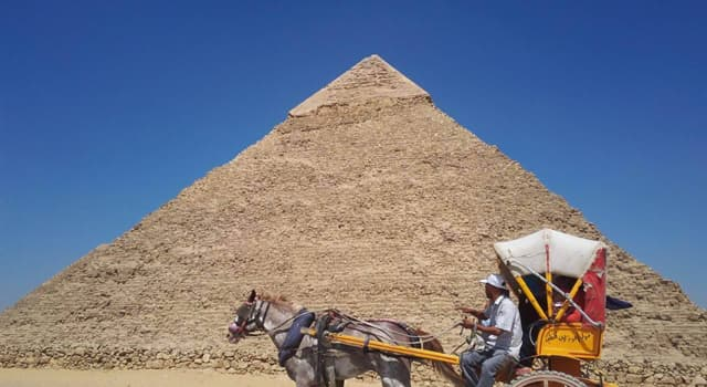 Culture Trivia Question: What is the second-largest of the Ancient Egyptian Pyramids of Giza?