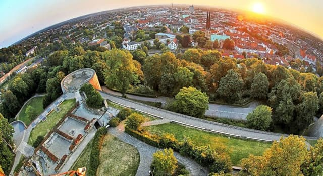 Geography Trivia Question: According to a popular conspiracy theory, which German city does not exist?