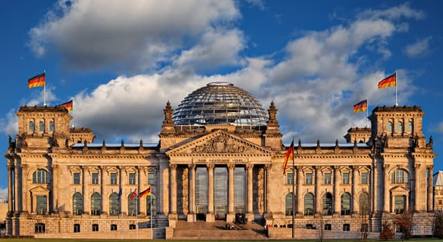 History Trivia Question: In which year was the construction of the Reichstag completed?