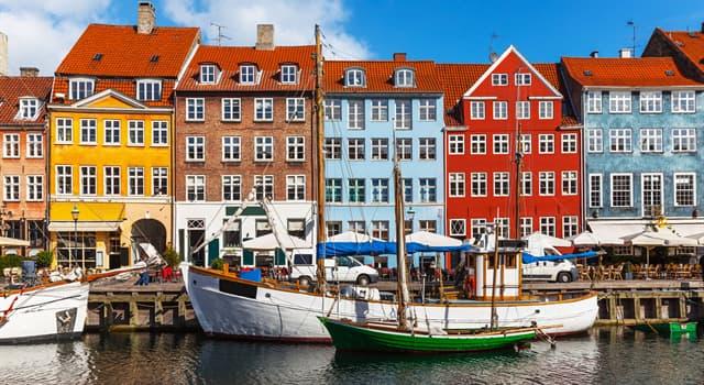 Географія Запитання-цікавинка: Зі скількох автономних частин складається Королівство Данії?