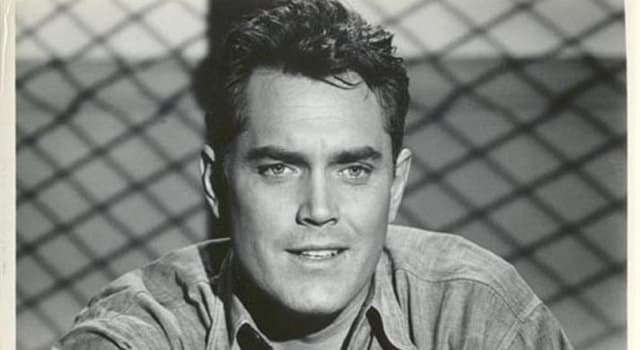 Movies & TV Trivia Question: Jeffrey Hunter was the lead character in the original pilot for which successful series?