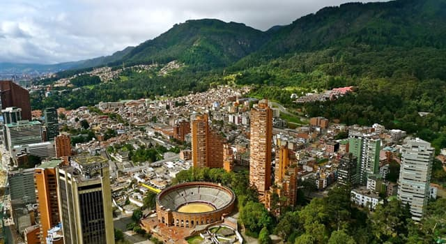 Географія Запитання-цікавинка: Яке місто є столицею Колумбії?