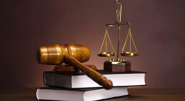 Суспільство Запитання-цікавинка: Конституція якої країни вважається першою в світі конституцією в сучасному розумінні?