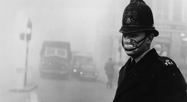 Історія Запитання-цікавинка: На яке місто Великобританії опустився «великий зміг» в 1952 році?