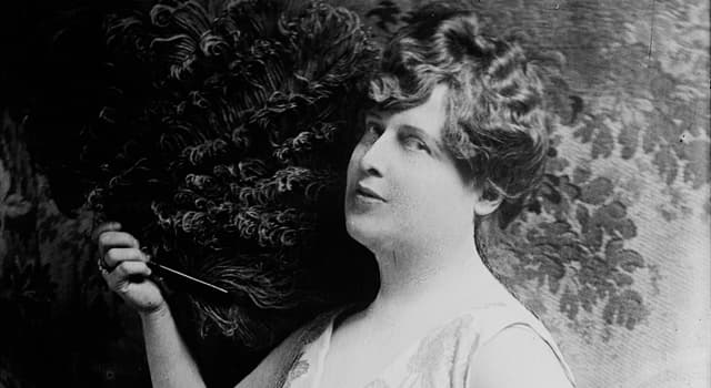 History Trivia Question: Which American socialite was known for her notably poor singing ability?