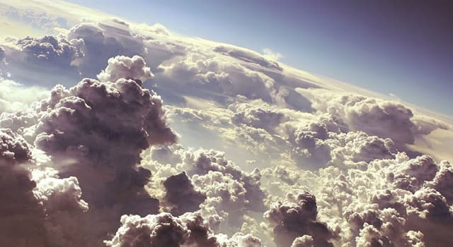 Science Trivia Question: Which type of cloud is the highest in the Earth's atmosphere?