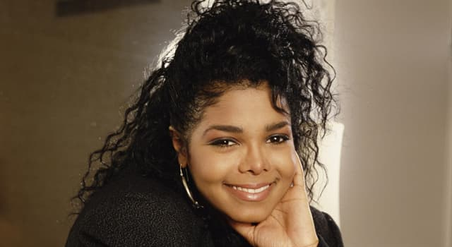 Culture Trivia Question: Who is the singer in the picture?