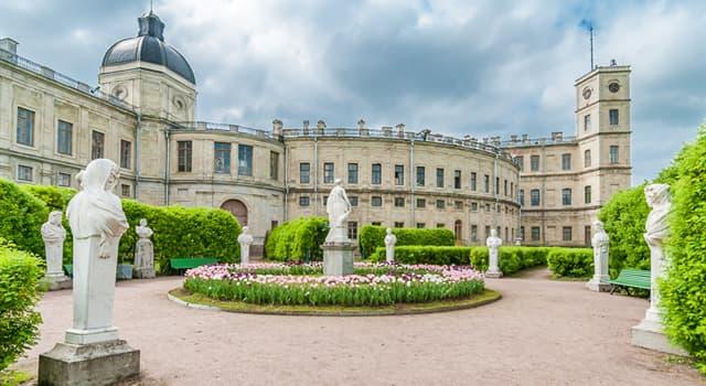 Історія Запитання-цікавинка: Для якого з фаворитів Катерини II був побудований Гатчинський палац?