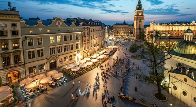 Історія Запитання-цікавинка: Яке місто було столицею Польщі з 1038 по 1596 рік?