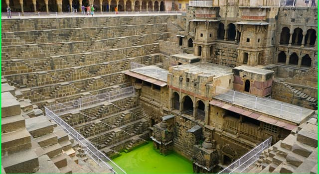 Geografía Pregunta Trivia: ¿En qué país está el famoso pozo escalonado Chand Baori?