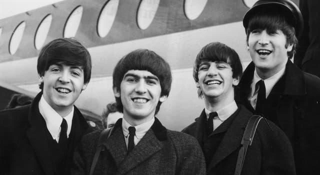 """Cultura Pregunta Trivia: ¿Qué palabra completa la clásica canción de los Beatles """"Here Comes the...?"""