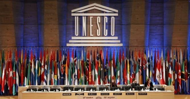 """społeczeństwo Pytanie-Ciekawostka: Co oznacza litera """"E"""" w nazwie UNESCO?"""