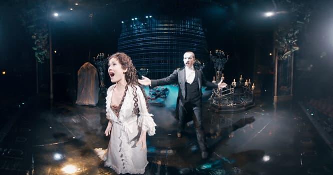 Kultura Pytanie-Ciekawostka: Jak nazywana jest wiodąca śpiewaczka operowa w teatrze operowym?