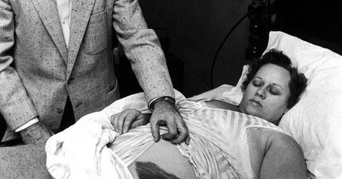 historia Pytanie-Ciekawostka: Kim jest ta kobieta i co się z nią stało?