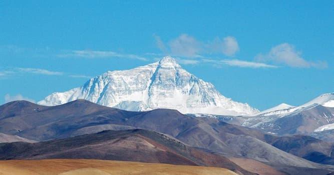 historia Pytanie-Ciekawostka: Kto jako pierwsi zdobyli szczyt Mount Everest?