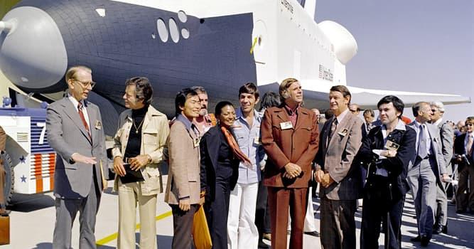 """Filmy Pytanie-Ciekawostka: Kto początkowo grał rolę Spocka w serialu """"Star Trek""""?"""
