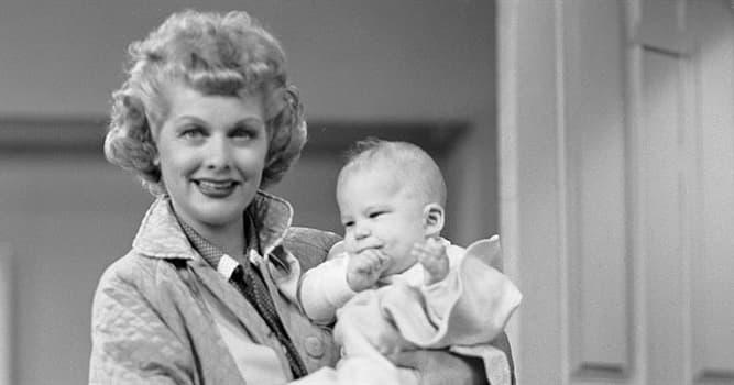 """Filmy Pytanie-Ciekawostka: Który aktor jako dziecko zagrał rolę małego """"Ricky'ego"""" w serialu """"Kocham Lucy""""?"""