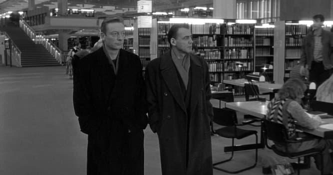 """Filmy Pytanie-Ciekawostka: Który film jest remakiem filmu """"Niebo nad Berlinem"""" 1987 roku?"""