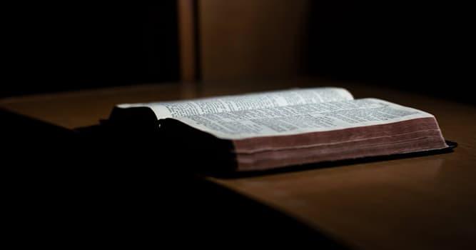 """Kultura Pytanie-Ciekawostka: Jakie jest znaczenie słowa """"Biblia""""?"""