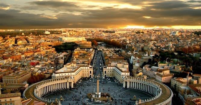 Geografia Pytanie-Ciekawostka: Który kraj (kraje) leży wewnątrz Włoch?