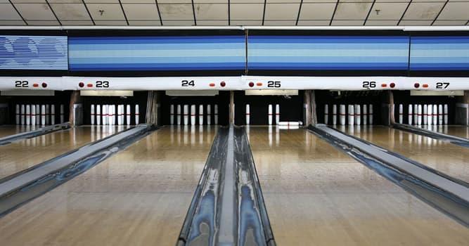 Sport Wissensfrage: Wie viele Löcher hat ein Bowlingball?