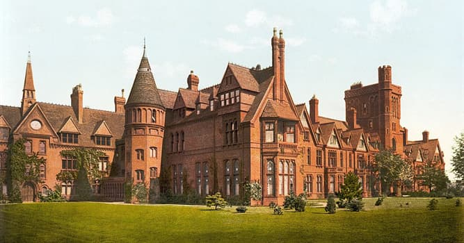 Society Trivia Question: Girton College is a constituent college of which university?